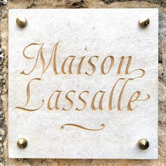 Maison Lassalle - gravure dans la pierre
