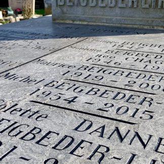 rechampissage d'inscriptions funéraire