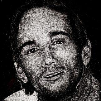 Portrait gravé à la main dans le granit poli